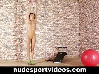 Natalia nix dominó sexo en español latino xxx al gigante.