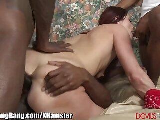 Kitty Little Guy a videos de sexo español latino la derecha ella es un hombre enmascarado