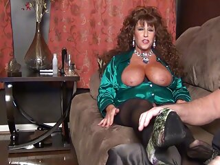 Leanna Lawson, sargento videos de sexo español latino miles.