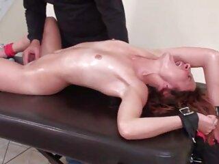 Hecho a mano Nikki gatitos, Ryan huesos sexo gratis latino Tratamiento