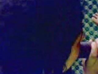 Lencería Lacey tetas follada por la BBC en xxx anime en español latino la cama