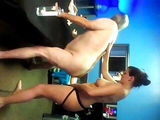 Sexo travesti extraño 16-la mitad porno español latino hd de la clínica